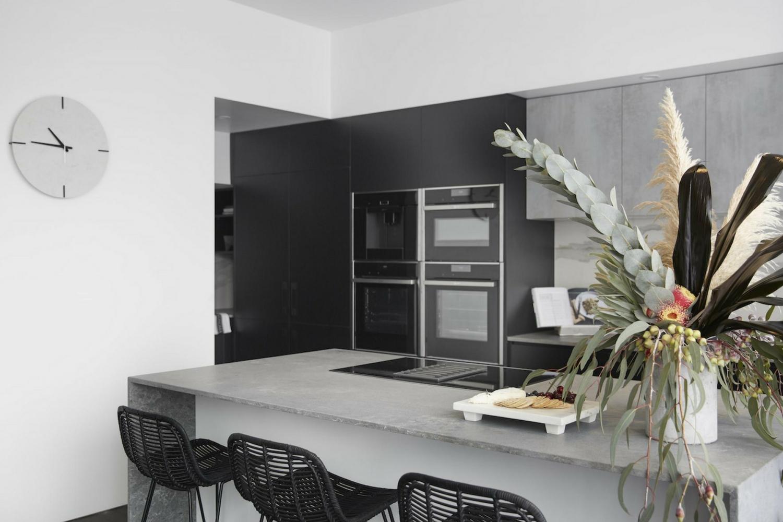Ronnie & Georgia's kitchen, The Block